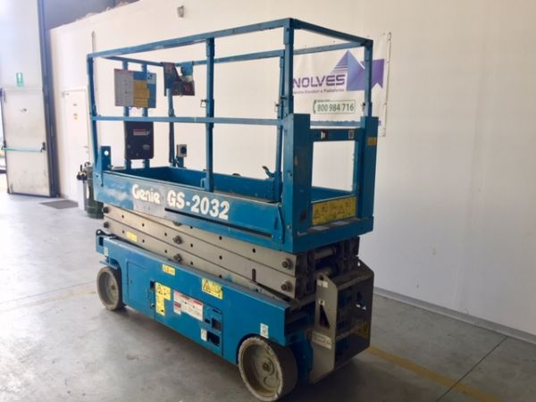Electrical scissor lift Genie mod: GS 2032 - V80 342 - Foto #3