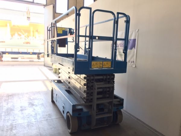 Electrical scissor lift Genie mod: GS 3246 - V120 360 - Foto #3